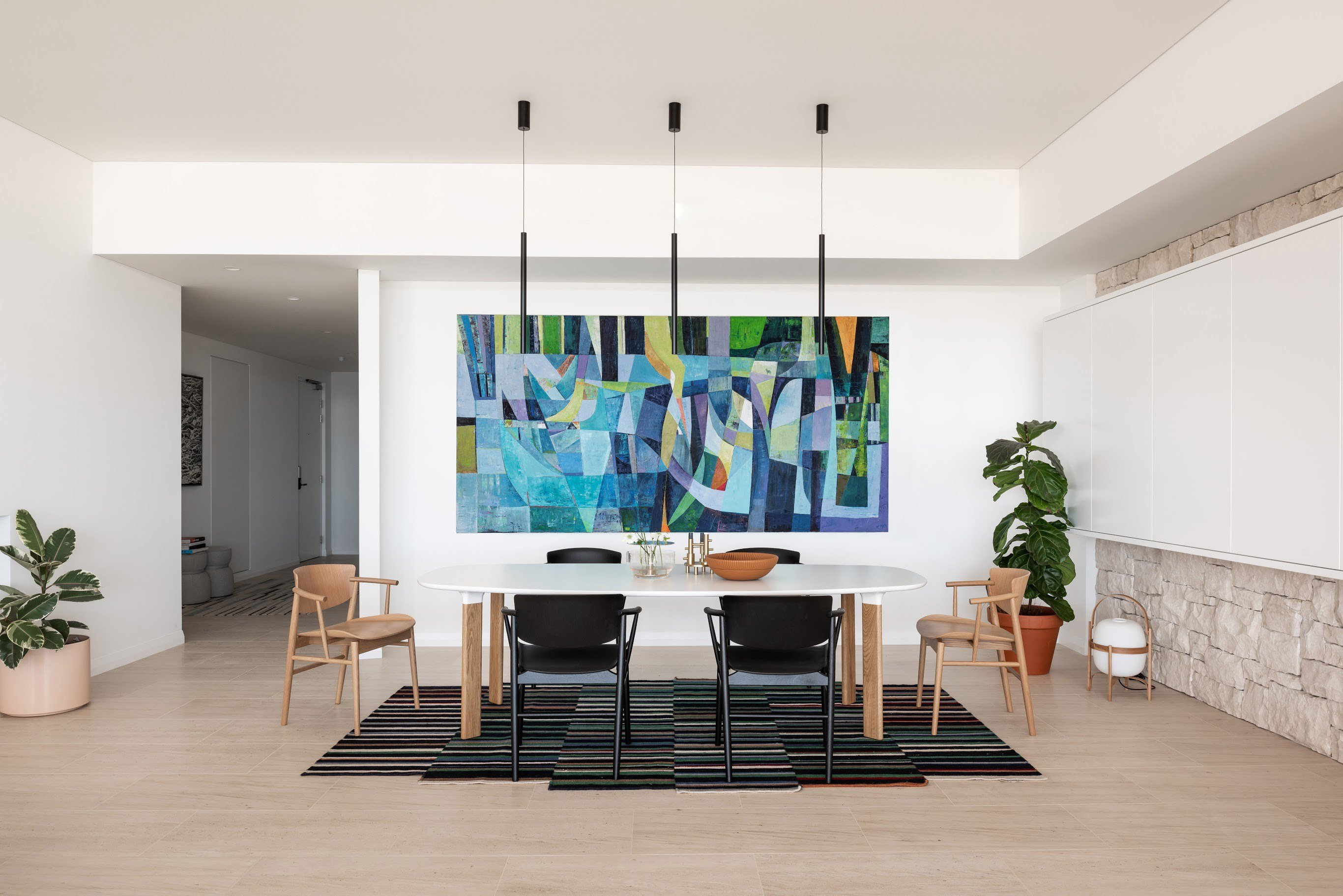 Modernist apartments - Overton Terraces - Braham architects - dining area