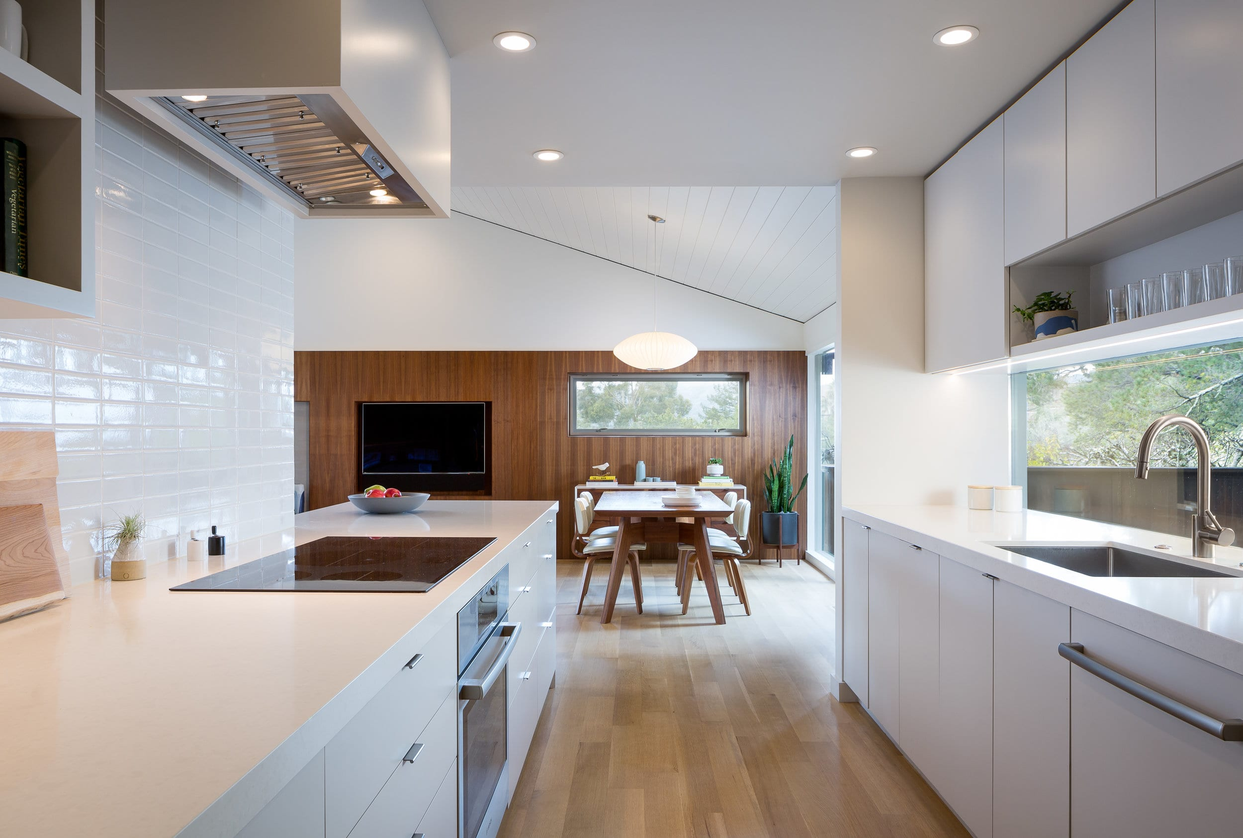 Paseo Way Modern Rsidence - Building Lab architects - Kitchen