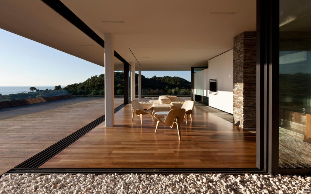 Modernist house in Greece - architect K Studio - living room view