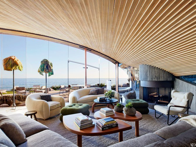 John Lautner - Carbon Beach House renovation - living room
