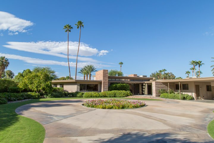 Frank Sinatra - Palms Springs midcentury home - Front