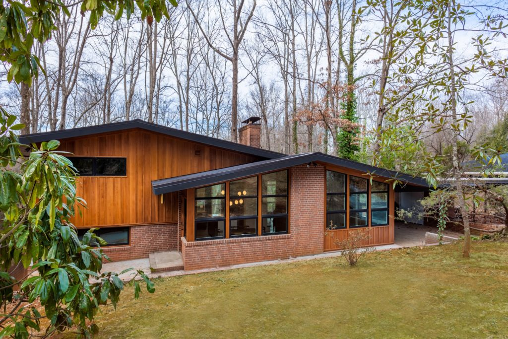 Midcentury home renovation  - exterior