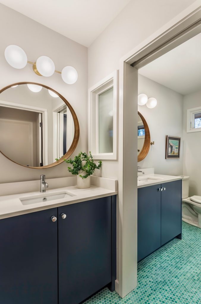 Midcentury home renovation  - bathroom