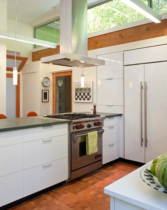 Extension to midcentury home in La Jolla - kitchen
