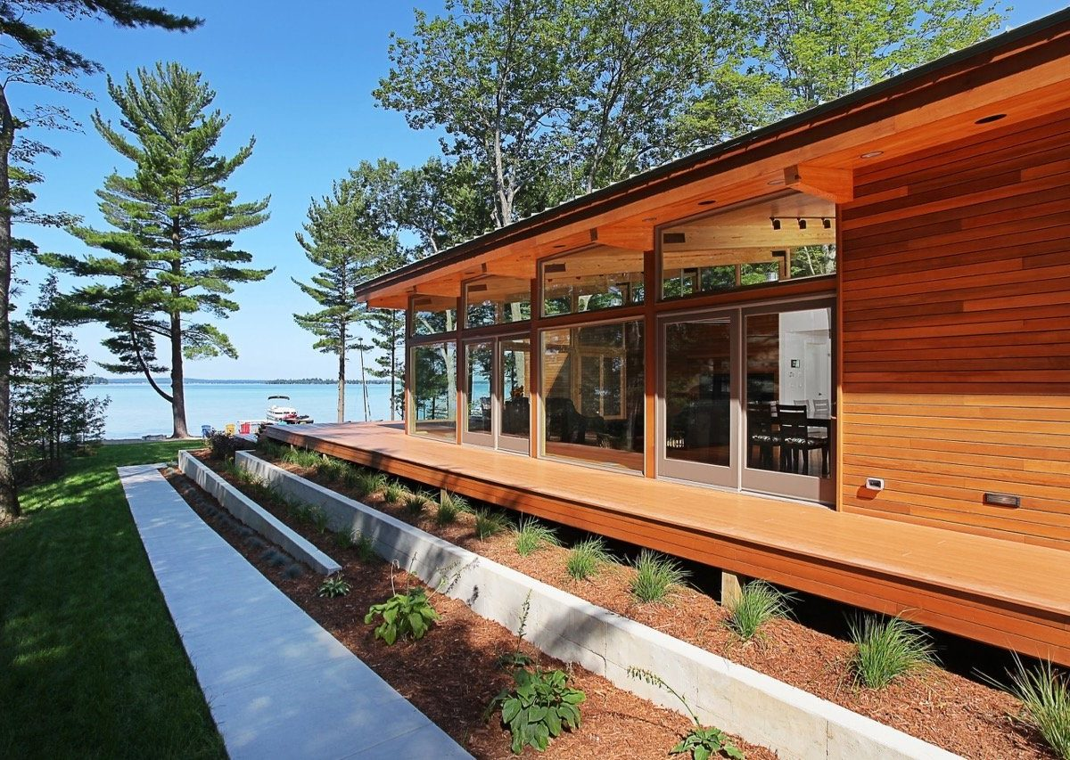 midcentury inspired lake house in Michigan