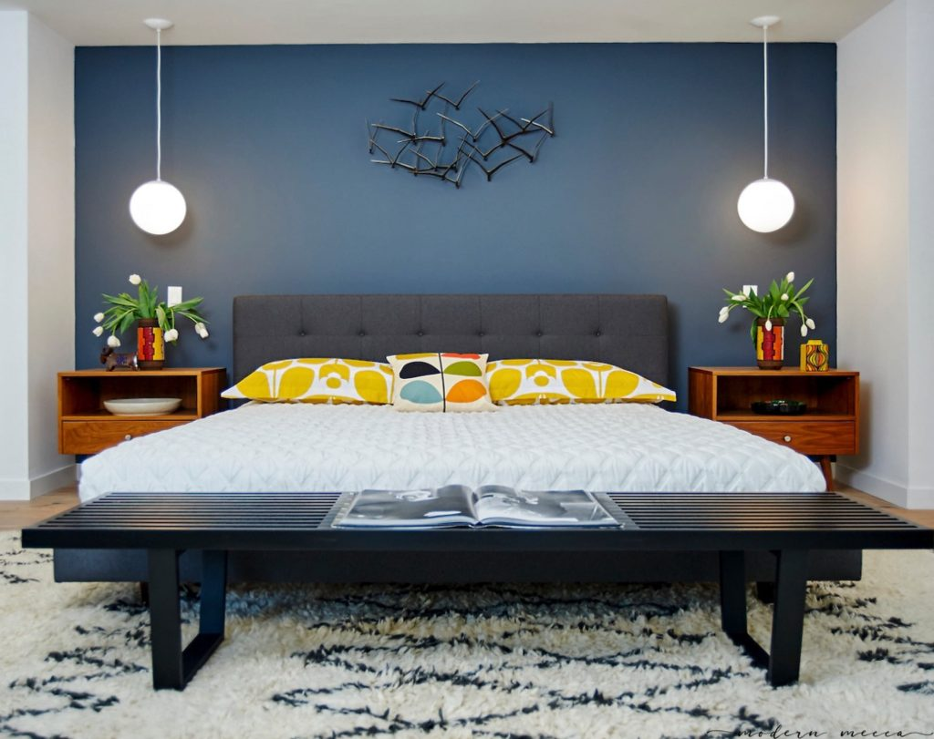 Claudia Andrade San Lucas Midcentury house renovation  - bedroom
