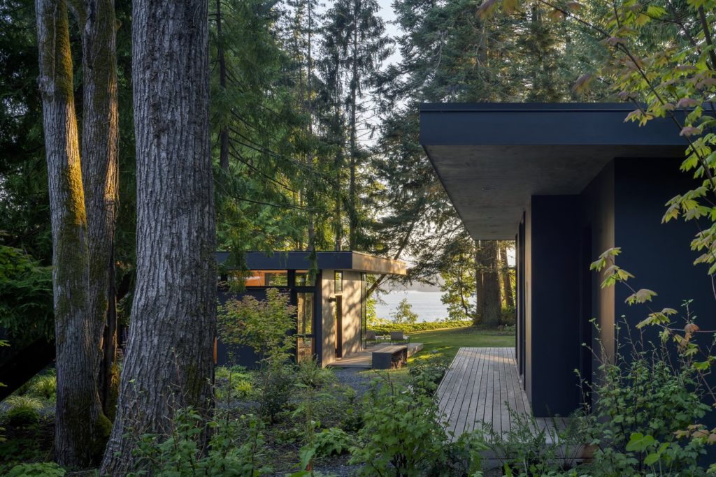 Hood Cliff Retreat - Wittman Estes Architecture - exterior