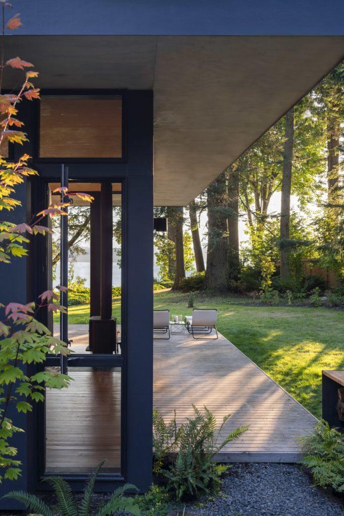 Hood Cliff Retreat - Wittman Estes Architecture - exterior