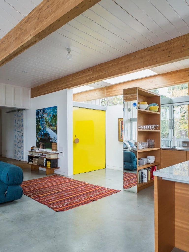 Malibu House - Barbara Bestor - modern midcentury - entrance