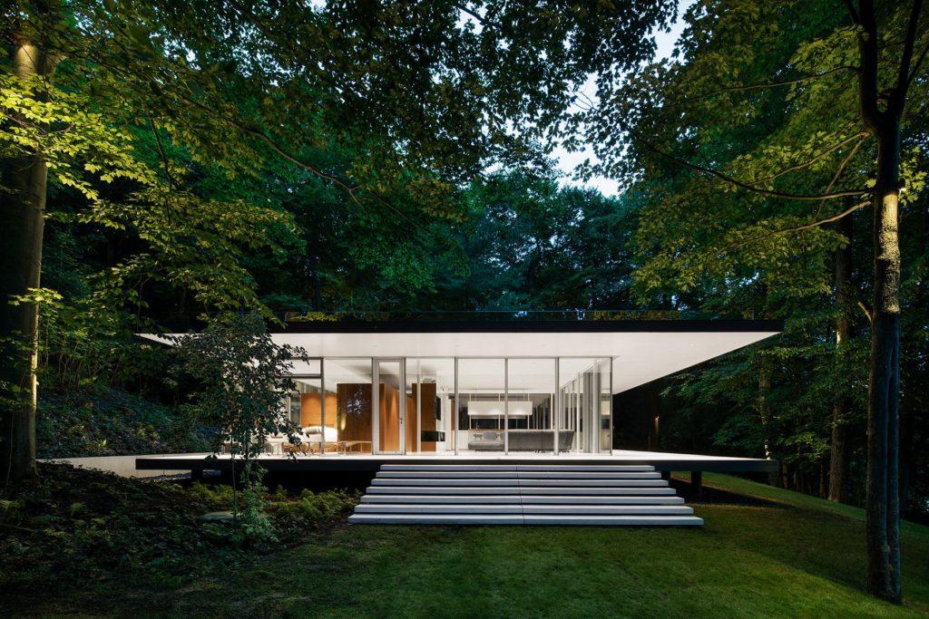 Modernist pavilion - architect Daoust Lestage -  Canada