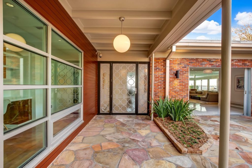 Midcentury Gem In Florida for sale - outside entrance