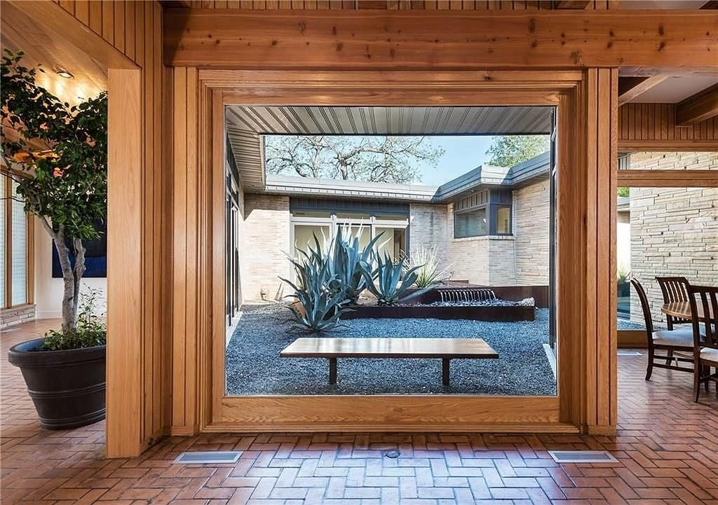 midcentury house dallas Charles Dilbeck - entrance
