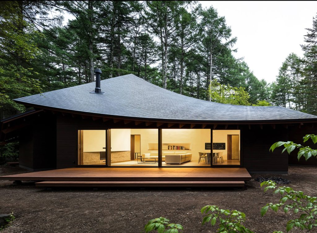 Modernist Weekend Villa in Karuizawa