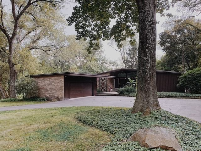 The Woodland House, Midcentury in Ohio -