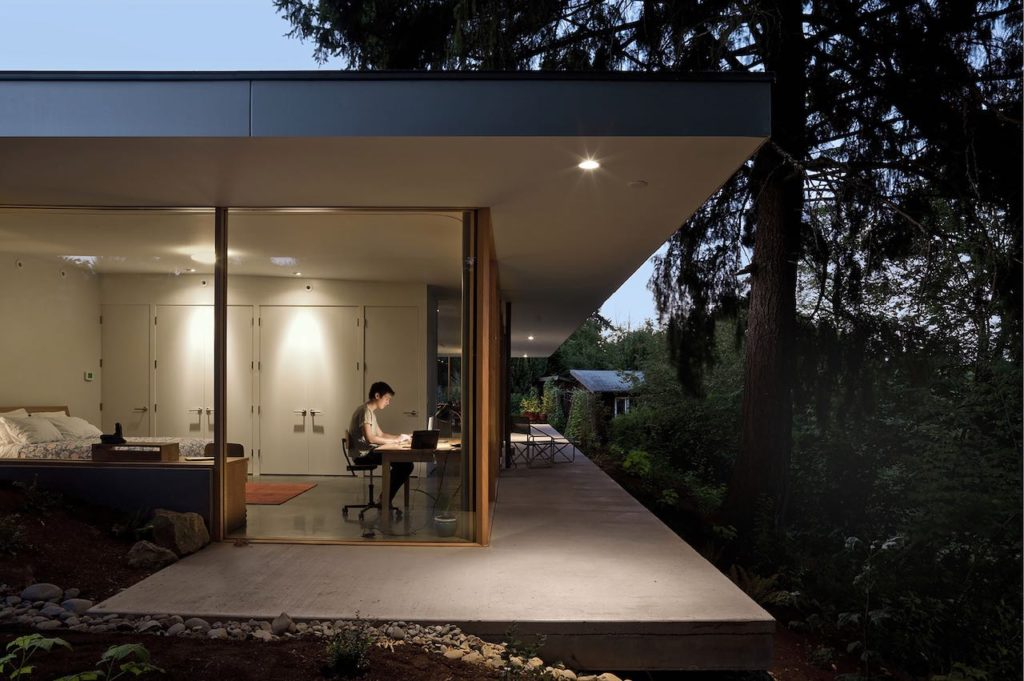 Modern Courtyard House