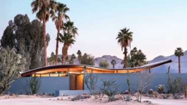 Midcentury Wave House